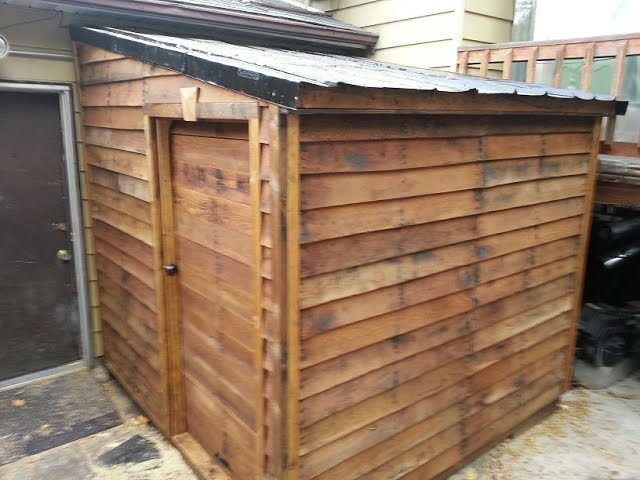 Shed from FREE pallets: Timber Framing part 1 - Wooden ...